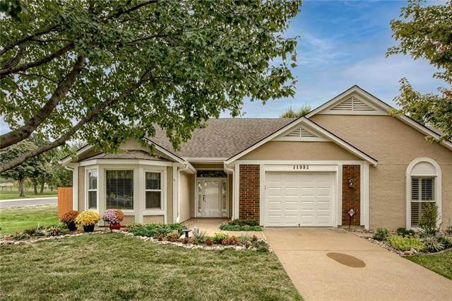 11993 W 121st Street, Overland Park, KS 66213 (#2347416) :: SEEK Real Estate