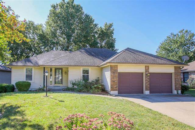 3512 NW Applewood Court, Blue Springs, MO 64015 (#2347461) :: Ask Cathy Marketing Group, LLC
