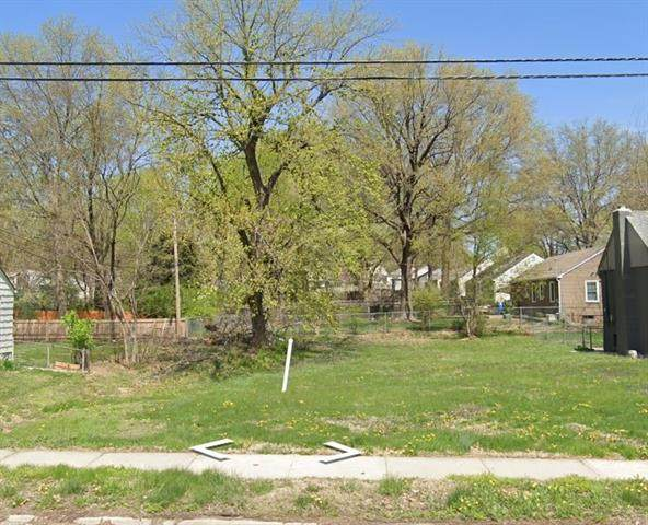 810 W 85th Street, Kansas City, MO 64131 (#2347466) :: SEEK Real Estate