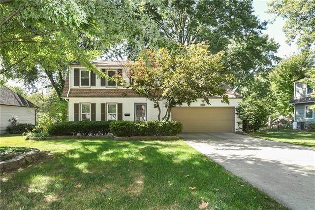 9610 Granada Drive, Overland Park, KS 66207 (#2347512) :: SEEK Real Estate