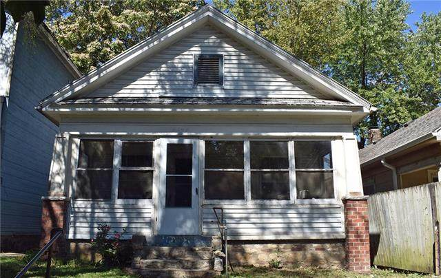 4634 E 8th Street, Kansas City, MO 64124 (#2347534) :: Audra Heller and Associates