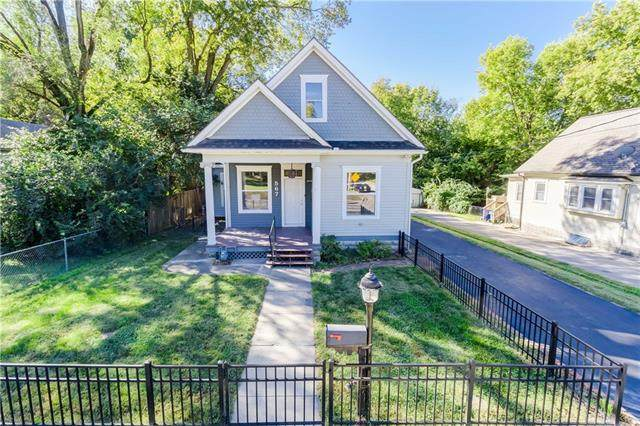 567 W Park Street, Olathe, KS 64060 (#2347558) :: Audra Heller and Associates