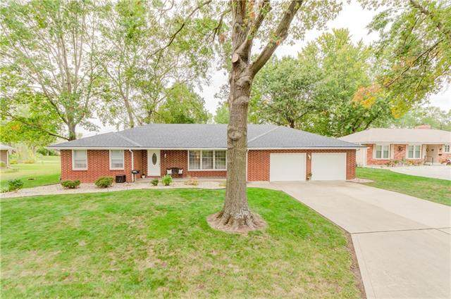 702 Pierson Street, Excelsior Springs, MO 64024 (#2347559) :: Five-Star Homes