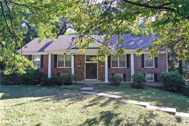 12407 Overbrook Road, Leawood, KS 66209 (#2348001) :: SEEK Real Estate
