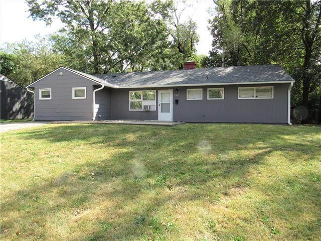 7201 E 108th Street, Kansas City, MO 64134 (#2348136) :: Ron Henderson & Associates