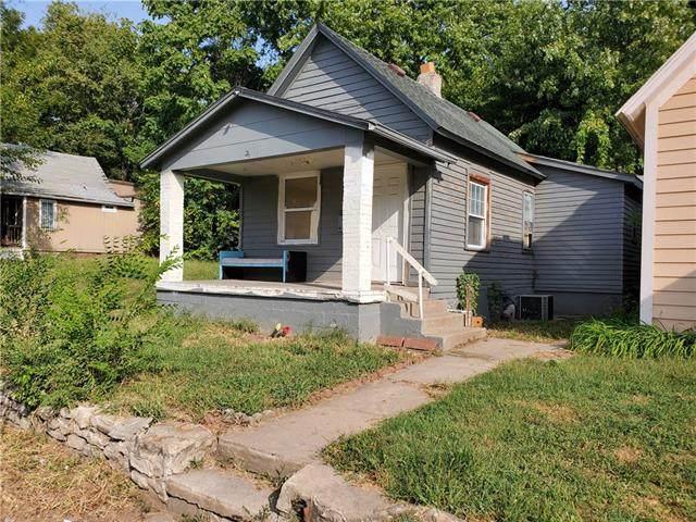 4826 E 6th Street, Kansas City, MO 64124 (#2348165) :: Beginnings KC Team