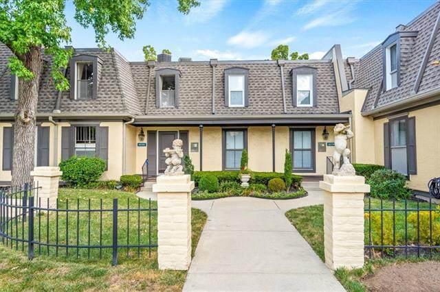 10734 Glenwood #E Street E, Overland Park, KS 66211 (#2348166) :: Audra Heller and Associates