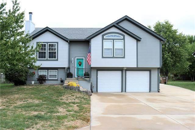 212 E Foxwood Drive, Raymore, MO 64083 (#2348258) :: Five-Star Homes