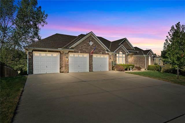 3308 NE 70th Terrace, Kansas City, MO 64119 (#2348355) :: Audra Heller and Associates