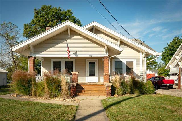 746 Main Street, Wellsville, KS 66092 (#2348478) :: Eric Craig Real Estate Team