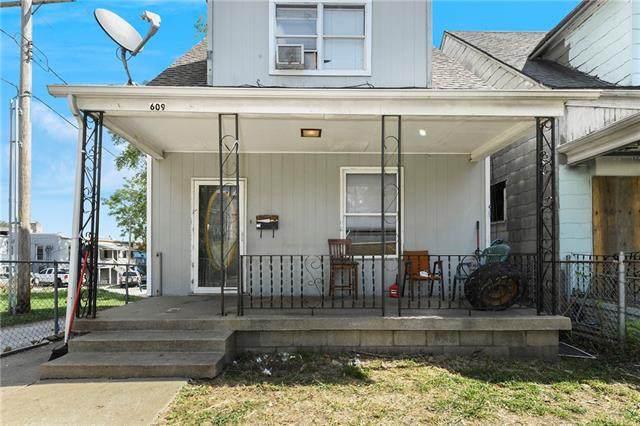 609 Cypress Street, Kansas City, MO 64124 (#2348535) :: Austin Home Team