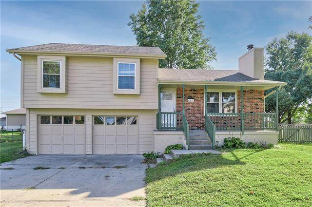 603 Broadway Street, Grain Valley, MO 64029 (#2348644) :: Tradition Home Group | Compass Realty Group