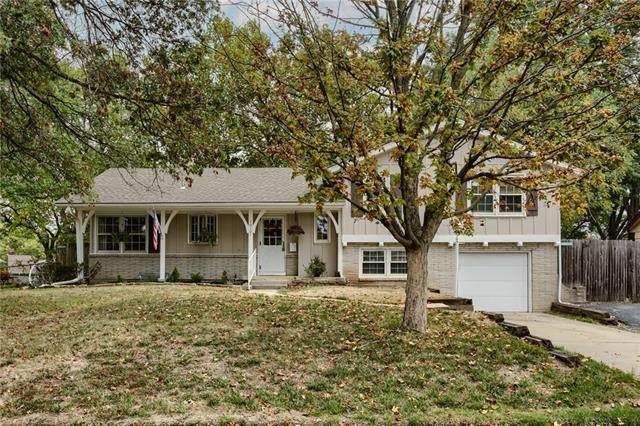 10107 Forest Avenue, Kansas City, MO 64131 (#2348866) :: Austin Home Team