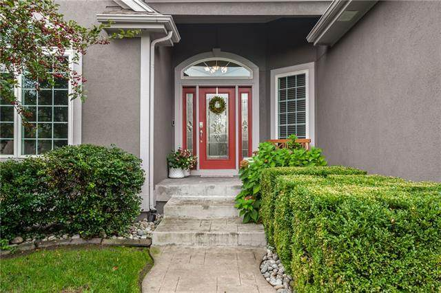 10306 N Dallas Avenue, Kansas City, MO 64154 (#2349088) :: Tradition Home Group | Compass Realty Group