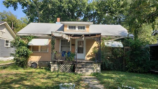 2527 Van Brunt Boulevard, Kansas City, MO 64127 (#2349113) :: Dani Beyer Real Estate