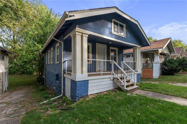 5707 Brooklyn Avenue, Kansas City, MO 64130 (#2349186) :: Audra Heller and Associates