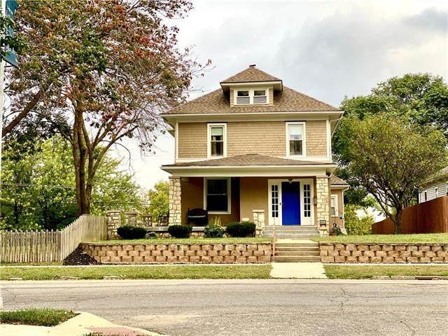 2201 Lovers Lane, St Joseph, MO 64505 (#2349250) :: SEEK Real Estate