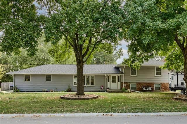 403 N 20TH Avenue N, Greenwood, MO 64034 (#2349527) :: Five-Star Homes