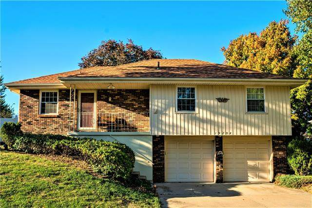 19204 E 15th Street N, Independence, MO 64056 (#2349532) :: The Shannon Lyon Group - ReeceNichols