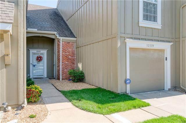 12119 Hayes Street, Overland Park, KS 66213 (#2349535) :: Five-Star Homes