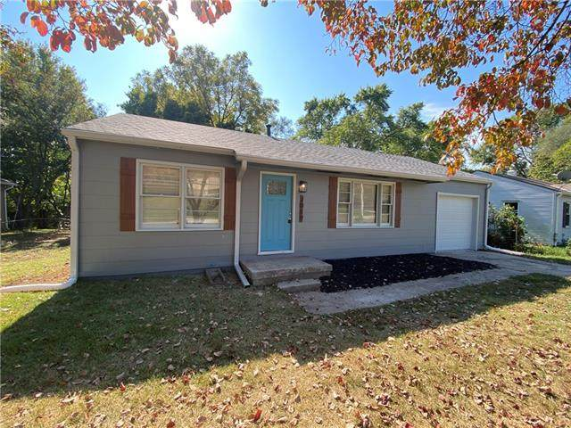 2019 Merriam Lane, Kansas City, KS 66106 (#2349584) :: Tradition Home Group | Compass Realty Group