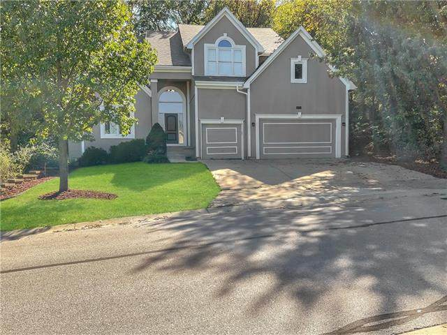16287 W 76th Terrace, Shawnee, KS 66215 (#2349596) :: Ask Cathy Marketing Group, LLC