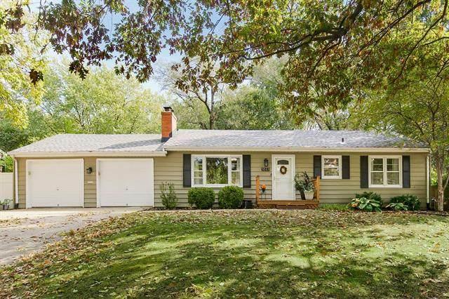 5523 Flint Street, Shawnee, KS 66203 (#2349623) :: SEEK Real Estate