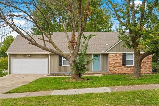 9811 Oakley Avenue, Kansas City, MO 64137 (#2349641) :: The Shannon Lyon Group - ReeceNichols
