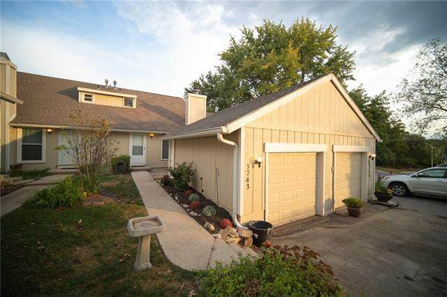 5743 N London Avenue, Kansas City, MO 64151 (#2349802) :: Tradition Home Group | Compass Realty Group