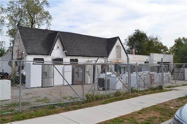 5301 Prospect Avenue - Photo 1