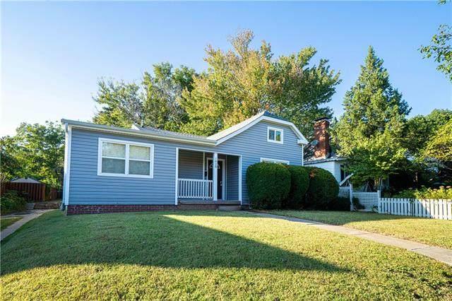 1828 Lovers Lane, St Joseph, MO 64505 (#2350027) :: SEEK Real Estate