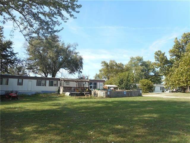 South Hwy.32 Highway, El Dorado Springs, MO 64744 (#2350088) :: Eric Craig Real Estate Team