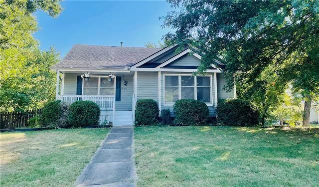 1315 NW 63rd Terrace, Kansas City, MO 64118 (#2350122) :: SEEK Real Estate