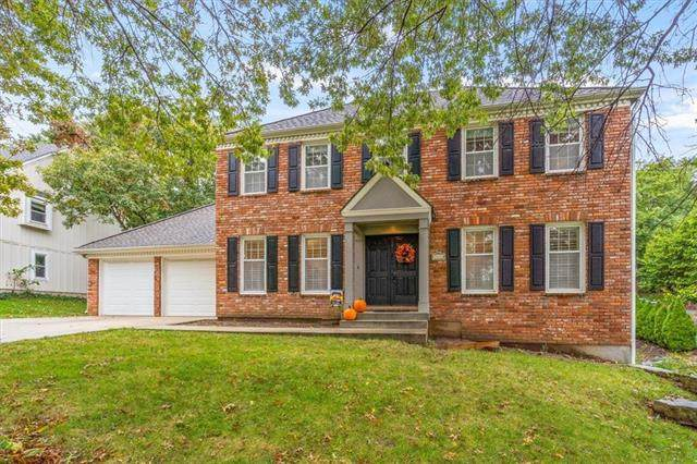 7916 Mullen Road, Lenexa, KS 66215 (#2350149) :: SEEK Real Estate