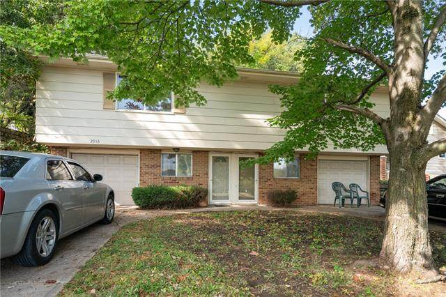 2916 N 72nd Street, Kansas City, KS 66109 (#2350160) :: Team Real Estate