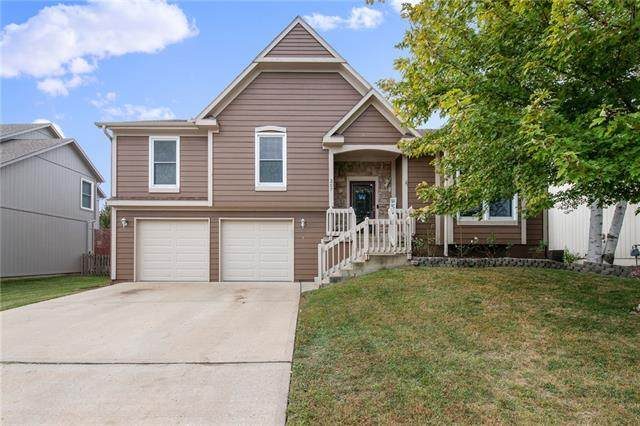 257 W Colleen Court, Gardner, KS 66030 (#2350232) :: Team Real Estate
