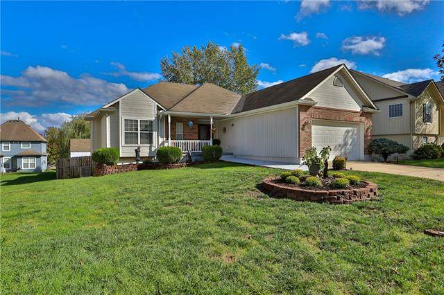 427 Foot Hill Drive, Grain Valley, MO 64029 (#2350248) :: Ask Cathy Marketing Group, LLC