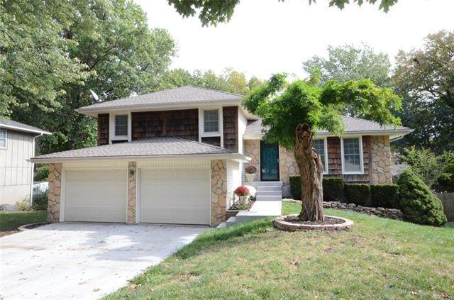 7803 N Stoddard Avenue, Kansas City, MO 64152 (#2350276) :: Tradition Home Group   Compass Realty Group