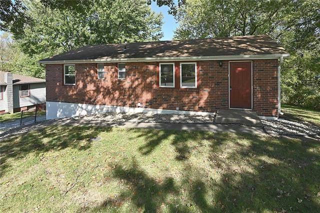 15400 NW 136th Street, Platte City, MO 64079 (#2350310) :: Ask Cathy Marketing Group, LLC