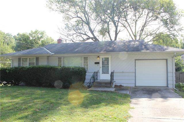 12713 E 48th Terrace S, Independence, MO 64055 (#2350331) :: Ask Cathy Marketing Group, LLC