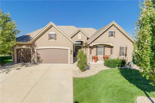 6108 NW 107th Street, Kansas City, MO 64154 (#2350341) :: Five-Star Homes