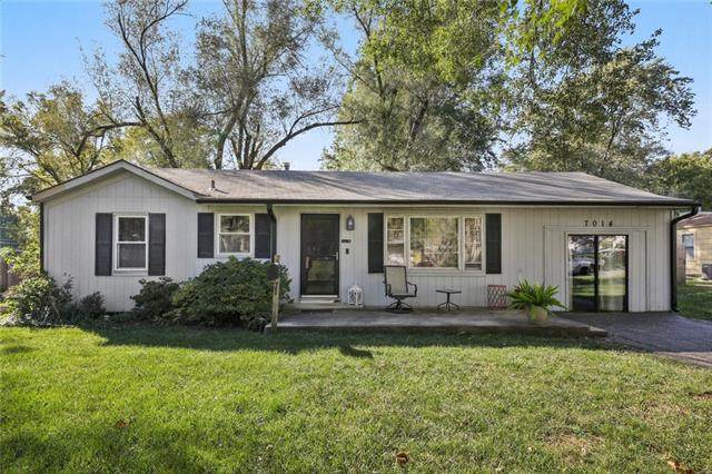 7014 Cody Street, Shawnee, KS 66203 (#2350354) :: Five-Star Homes