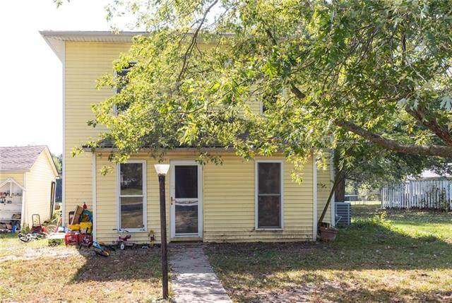 811 Locust Street, Mound City, KS 66056 (#2350371) :: The Shannon Lyon Group - ReeceNichols