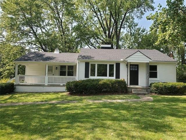 2320 N 81st Street, Kansas City, KS 66109 (#2350504) :: Five-Star Homes