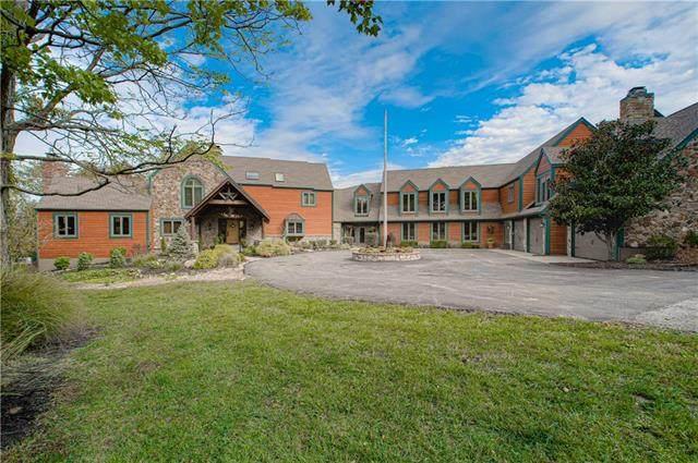 32106 E Colbern Road, Oak Grove, MO 64075 (#2350525) :: Five-Star Homes