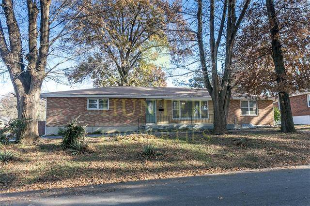 2001 Englewood Terrace, Independence, MO 64052 (#2350530) :: Team Real Estate