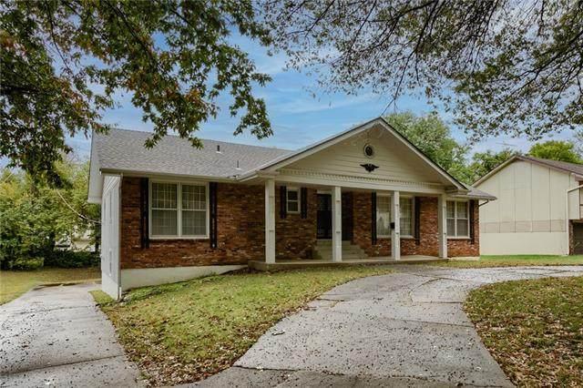 12431 Jackson Avenue, Grandview, MO 64030 (#2350535) :: Five-Star Homes