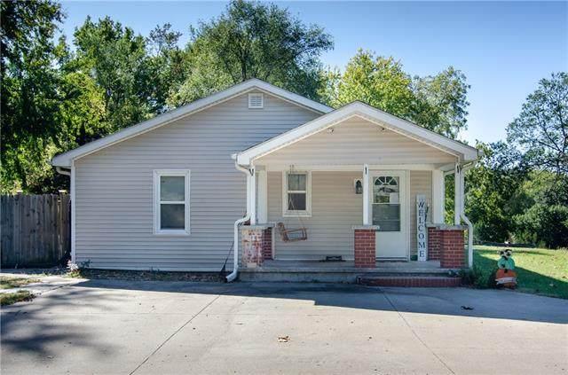 161 E Walter Lane, St Joseph, MO 64504 (#2350544) :: Ask Cathy Marketing Group, LLC