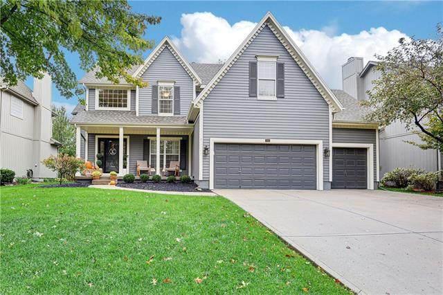 5110 W 158th Terrace, Overland Park, KS 66224 (#2350565) :: Audra Heller and Associates