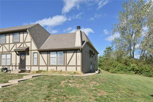 7038 N Fisk Court, Kansas City, MO 64152 (#2350670) :: Tradition Home Group   Compass Realty Group